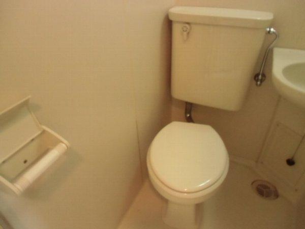 プロバンス 108号室のトイレ
