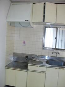 末広荘 105号室のキッチン