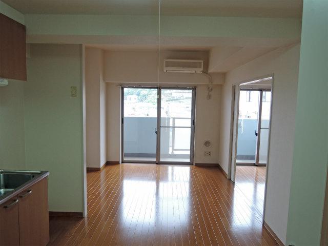 イエルド・ロシーオ井土ヶ谷 0401号室のバルコニー