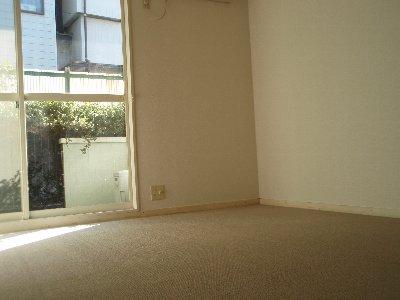 スターホームズ井土ヶ谷Ⅱ 103号室のベッドルーム