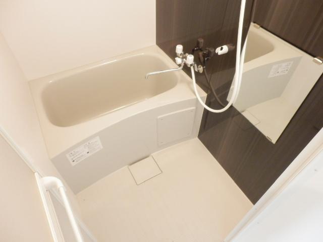 ユナイト井土ヶ谷アルバラート 101号室の風呂