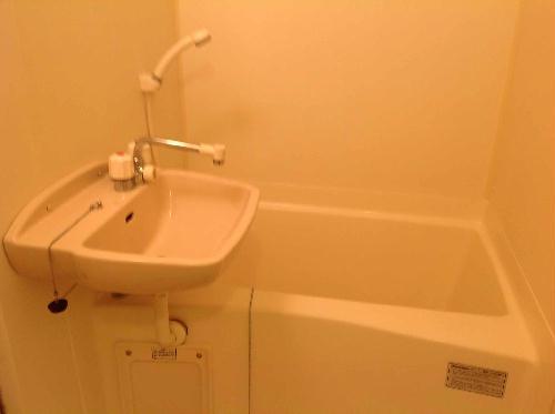 レオパレスフレア 204号室の風呂