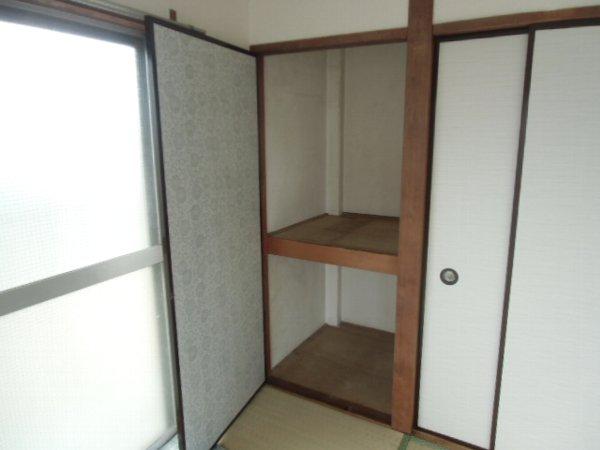 田口荘 302号室の収納