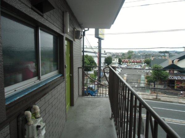 田口荘 302号室のロビー
