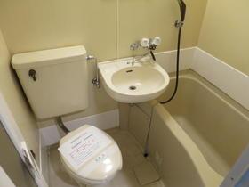 ヴァンドーム戸塚 101号室の風呂