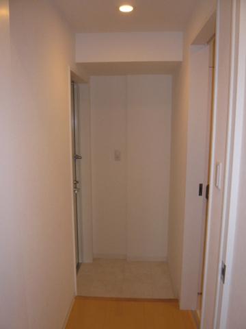 RONG SHING RYUS TOWE 1701号室の玄関