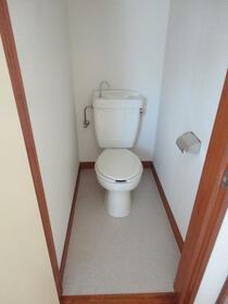 コーポ倉田 201号室のトイレ
