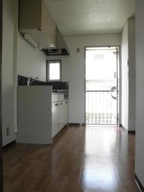 VILLA16 203号室のキッチン