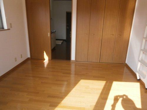 ファーストステージ 201号室のベッドルーム