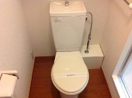 レオパレスパークハイム 102号室のトイレ