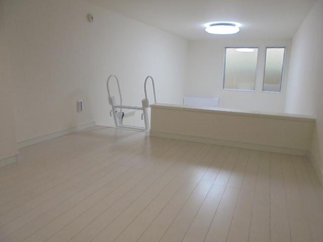 ブライトサウス港南 104号室のベッドルーム