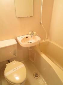 KSGマリーン三ツ堀Ⅲ 205号室の風呂