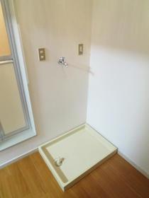 KSGマリーン三ツ堀Ⅲ 205号室の洗面所