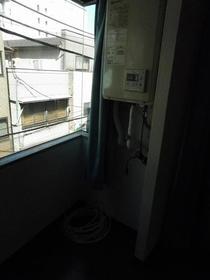 旭ビル 201号室のバルコニー