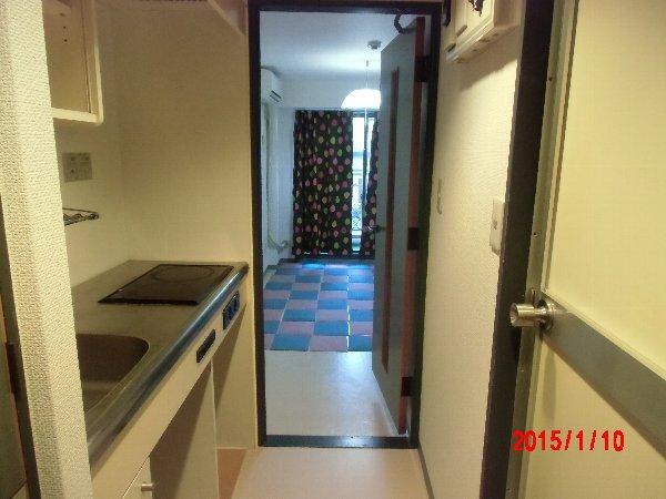 湘南金沢文庫ハイツ 302号室の玄関