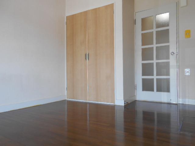 コーポ白鷺 102号室のベッドルーム