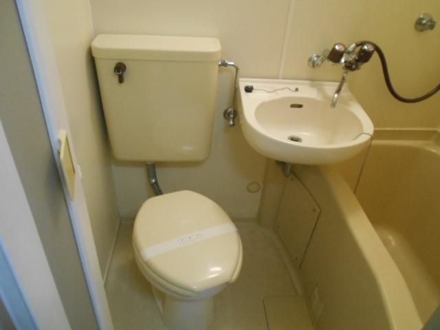 コーポ白鷺 102号室のトイレ