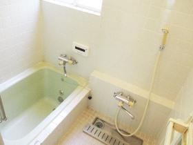 和泉町戸建の風呂