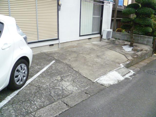 光荘 101号室の駐車場