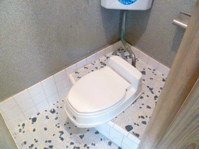 光荘 101号室のトイレ