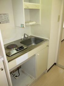 ジュネパレス座間第14 0201号室のキッチン
