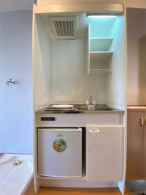 フィットハウス桜ケ丘 103号室のキッチン