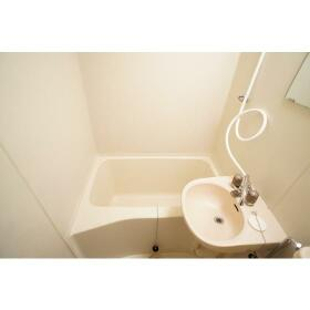サンクレスト南林間 202号室の風呂