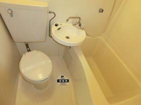 スカイコート横浜港南台 205号室の風呂