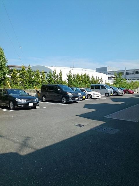 Mステージ 02010号室の駐車場