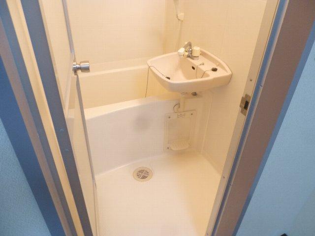 グランディール アオキ 202号室の風呂