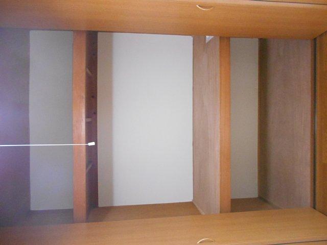 松山コーポ 102号室のエントランス