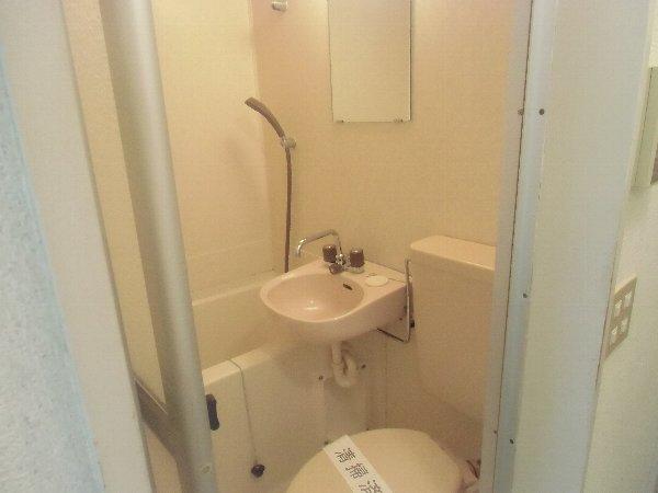 第1桜コーポ 103号室の洗面所
