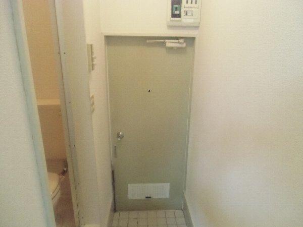 第1桜コーポ 103号室の玄関