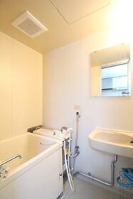 メゾン林 102号室の風呂