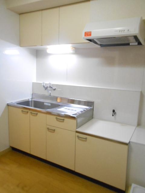 サンライズコーポ町田 202号室のキッチン