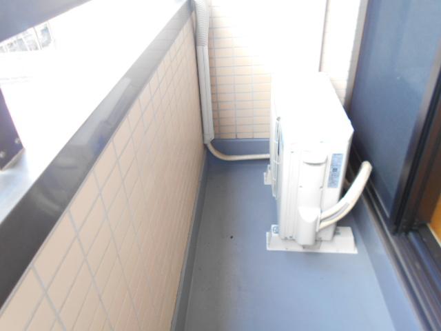 サンライズコーポ町田 202号室のバルコニー