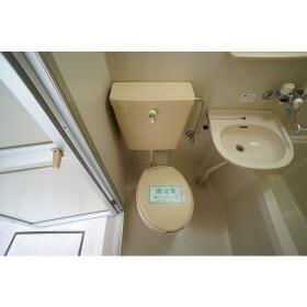 グリーンコーポ東林 102号室のトイレ