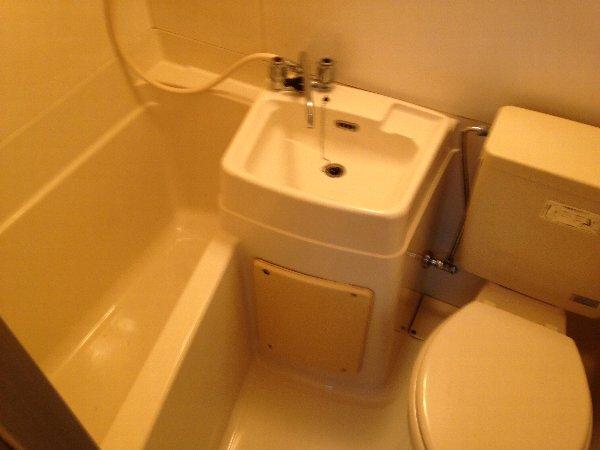 ハイツ志賀 101号室の風呂