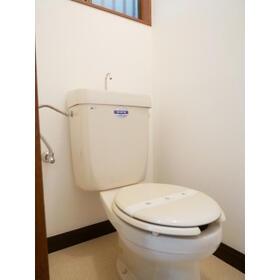 第二幸和ハイツ 0101号室のトイレ