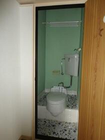 景山コーポ 201号室のトイレ
