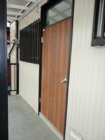 景山コーポ 201号室の玄関