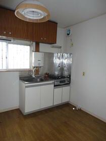 景山コーポ 201号室のキッチン