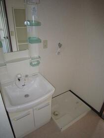 町田コープタウン7号棟 07-403号室の洗面所