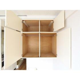 プラザドゥディーンA 407号室の収納