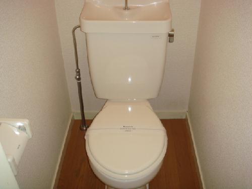 レオパレス東名 101号室のトイレ