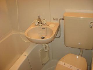 マツキビル 404号室の風呂