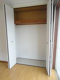リバーサイドハイツ座間Ⅴ 202号室の収納