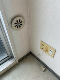 ウィンベルソロ南太田第2 701号室のバルコニー