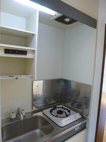 エミナンス 205号室のキッチン