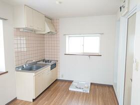 サミーズハウス金沢 206号室のキッチン